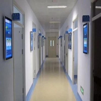 郴州市新人民医院引入液晶广告机
